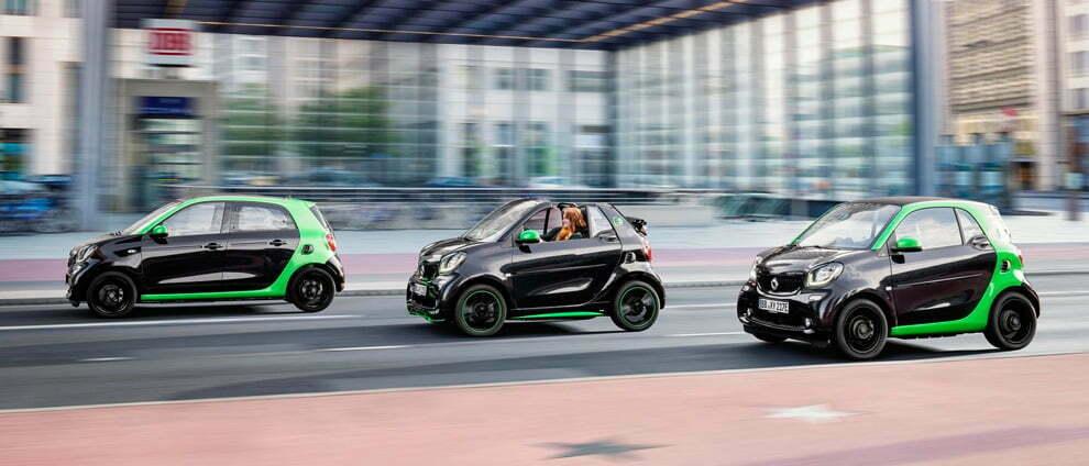 Smart pisa el freno y deja los coches de combustión de lado